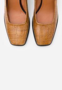 LAB - Classic heels - coco/whiskey - 5