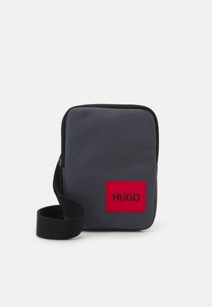 ETHON ZIP UNISEX - Across body bag - dark grey