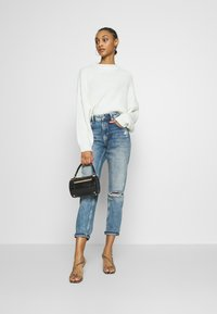 Even&Odd - OVERSIZED JUMPER - Stickad tröja - white - 1