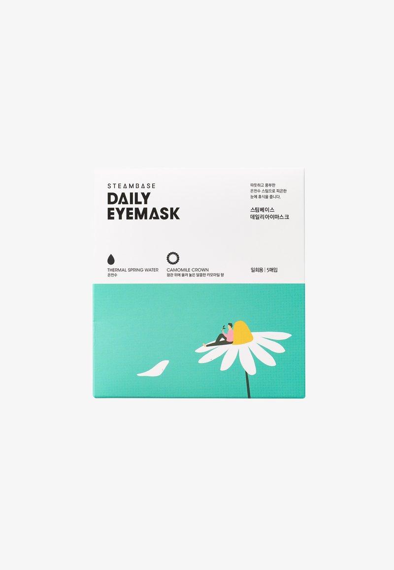 Steambase - DAILY EYEMASK - Face mask - camomile crown