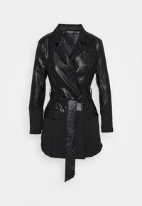 Missguided Petite - BELTED BLAZER DRESS - Pouzdrové šaty - black - 0