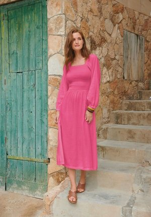 SHIRRED - Robe d'été - pink