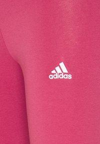 adidas Performance - LOUNGEWEAR ESSENTIALS HIGH-WAISTED LOGO LEGGINGS - Leggings - berry - 5