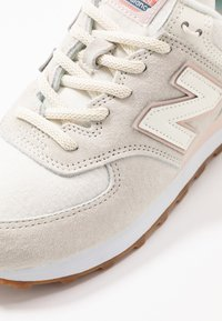 New Balance - WL574 - Trainers - offwhite - 2