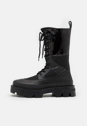 LACE UP COMBAT BOOT - Lace-up boots - black