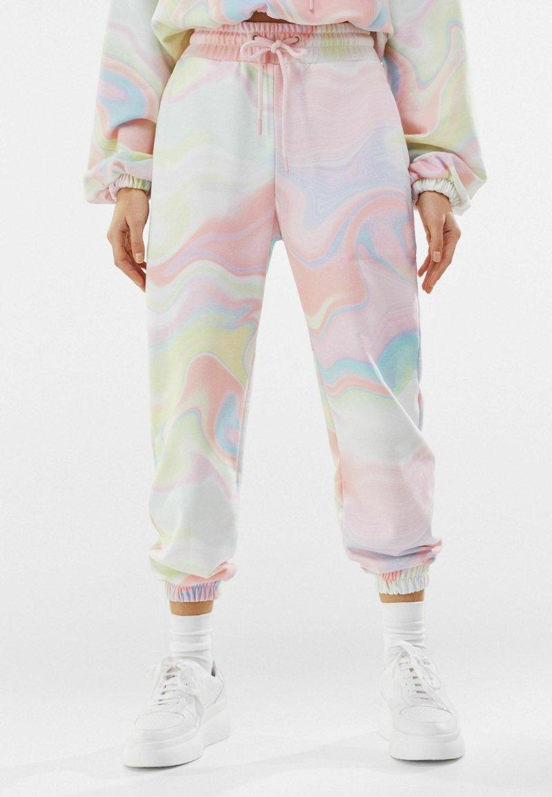 Bershka - Teplákové kalhoty - pink