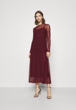 NMEMBER DRESS - Day dress - zinfandel