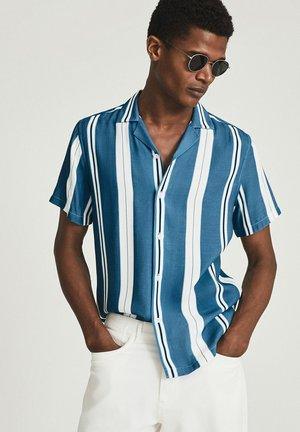 MONROE - Shirt - light blue