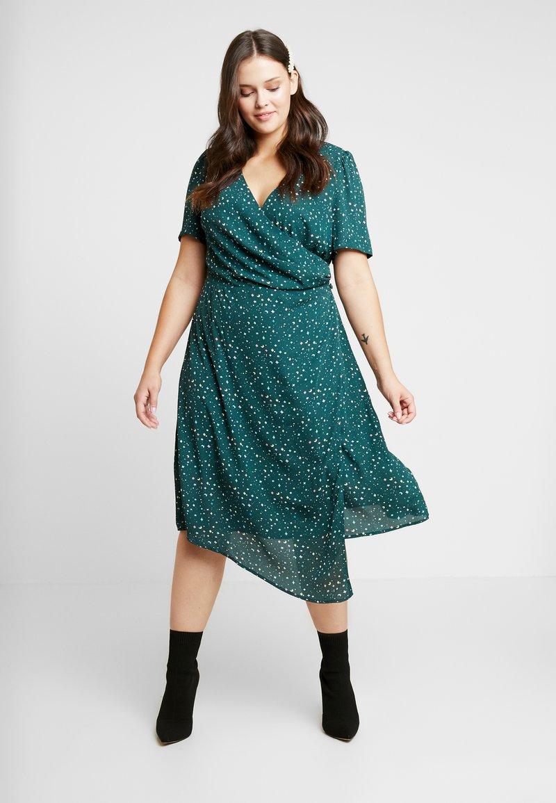 Fashion Union Plus - JUICE WRAP FRONT DRESS - Day dress - green galaxy