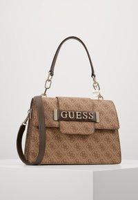 Guess - KERRIGAN  - Handtasche - brown - 0