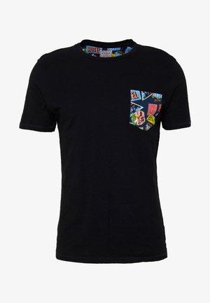 POCKET TEE - T-shirt con stampa - black