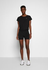 ONLY PLAY Tall - ONPPERFORMANCE RUN LOOSE - Shorts - black - 1