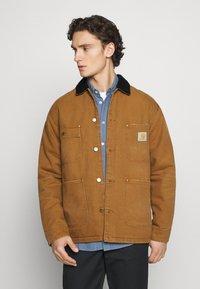 Carhartt WIP - CHORE COAT DEARBORN - Light jacket - hamilton brown/black aged - 0