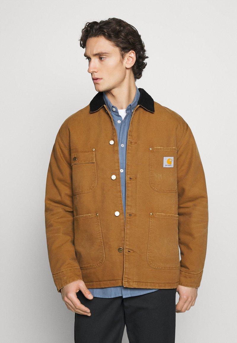 Carhartt WIP - CHORE COAT DEARBORN - Light jacket - hamilton brown/black aged