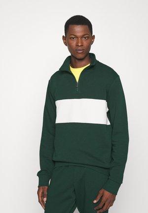 LOOPBACK TERRY LONG SLEEVE - Sweatshirt - college green/chic cream