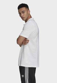 adidas Originals - TREFOIL ESSENTIALS POLO SHIRT - Polo shirt - white - 3