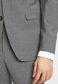 Esprit Collection - TROPICAL SUIT - Oblek - light grey - 6