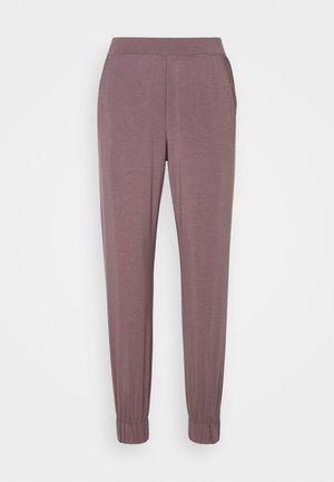 PERFECTLY FIT FLEX JOGGER - Pyjama bottoms - plum dust
