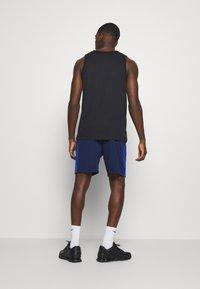 Nike Performance - SHORT TRAIN - Pantalón corto de deporte - blue void/game royal/white - 2