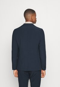 Isaac Dewhirst - THE RELAXED SUIT - Suit - dark blue - 4