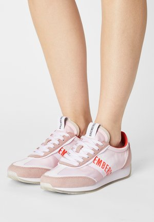 JULIE - Trainers - light pink/coral