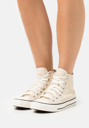 CHUCK TAYLOR ALL STAR - High-top trainers - natural ivory/egret/black