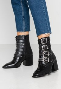Faith - BRILLIANT - Cowboy/biker ankle boot - black - 0