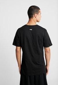 Cayler & Sons - NO BRAINER TEE - Print T-shirt - black - 2