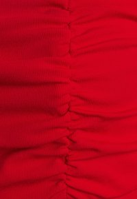 Fashion Union Tall - DEIDRE - T-shirt basique - red - 2