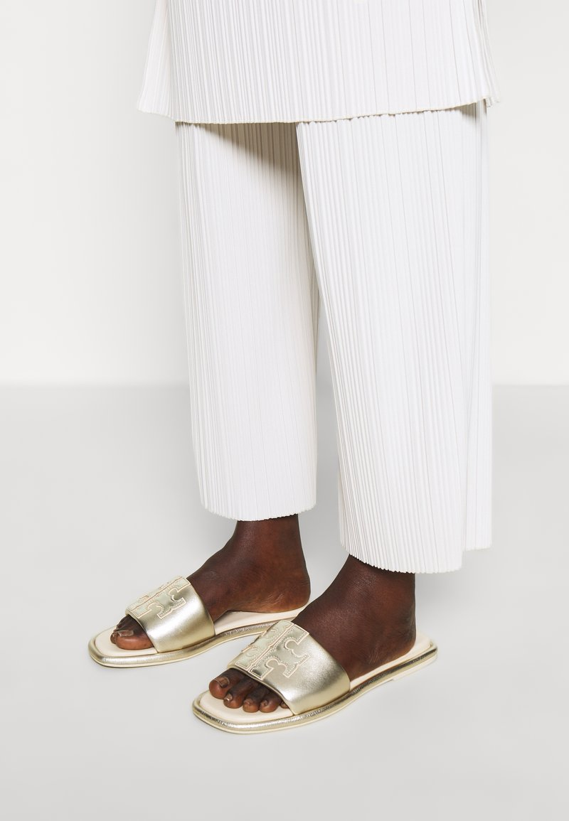 Tory Burch - DOUBLE T SPORT SLIDE - Mules - spark gold/cream