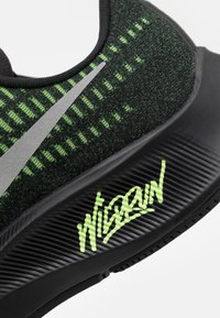 Nike Performance - AIR ZOOM PEGASUS 37 - Neutral running shoes - black/reflect silver/ghost green - 5
