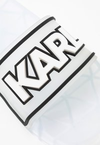 KARL LAGERFELD - KONDO BAND SLIDE - Sandály do bazénu - clear - 2