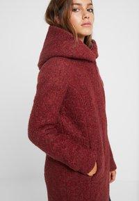 ONLY Petite - ONLSEDONA COAT - Short coat - merlot/melange - 3