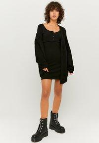 TALLY WEiJL - Shift dress - black - 1