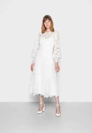 MIRA ANN - Vestito elegante - snow white
