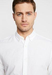 Jack & Jones PREMIUM - JJESUMMER  - Shirt - white - 3