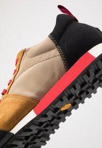CLOSED - Sneakers - khaki - 5