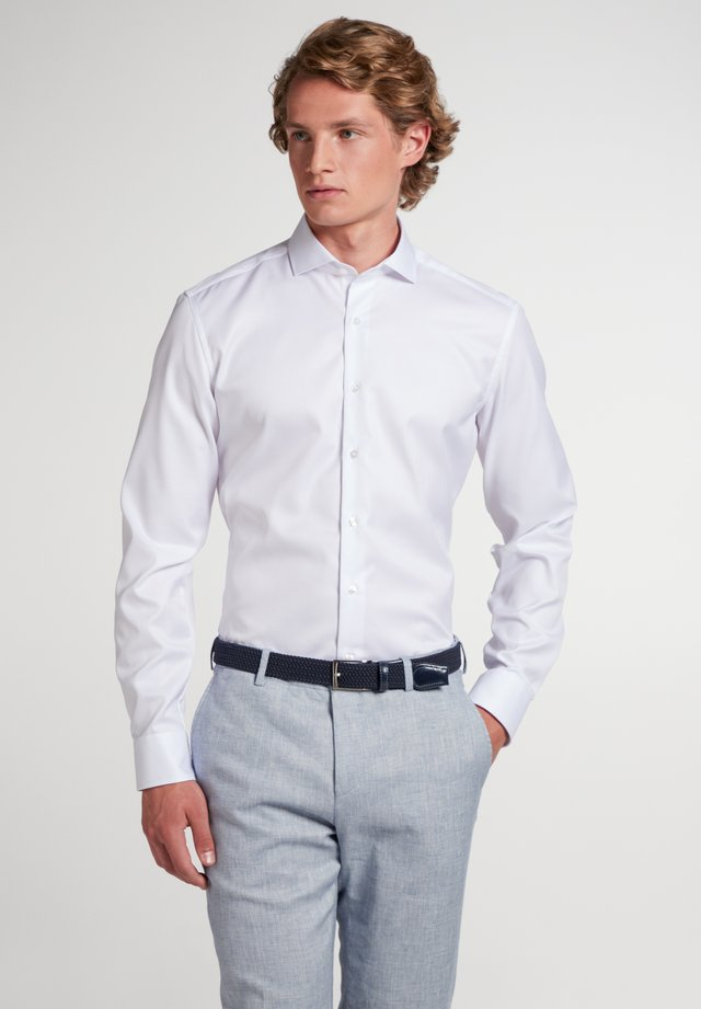 SLIM  FIT COVER SHIRT BLICKDICHT - Chemise classique - weiß
