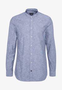 STRIPE BAND COLLAR SLIM SHIRT - Overhemd - blue