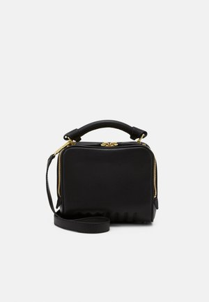RYDER SMALL ZIP CROSSBODY - Bolso de mano - black/brass-coloured
