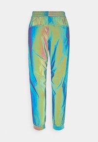 Calvin Klein Jeans - REFLECTIVE PANT - Träningsbyxor - multi-coloured - 1