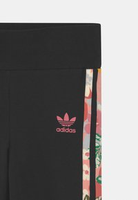 adidas Originals - FLORAL STRIPE - Leggings - Trousers - black/pink - 2
