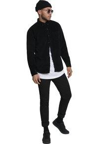 Urban Classics - Shirt - black - 0