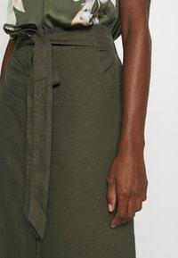 GAP - V TIE FRONT MIDI SKIRT - A-line skirt - baby tweed - 5