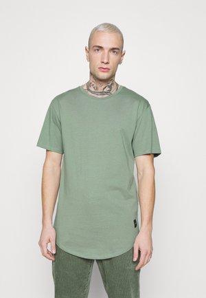 ONSMATT LIFE LONGY TEE - T-shirt - bas - hedge green