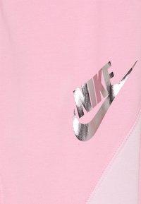 Nike Sportswear - Leggings - Trousers - pink light - 2