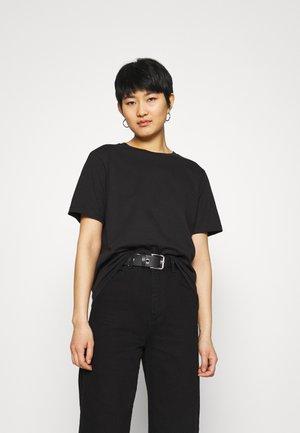 ROXIE TEE - Basic T-shirt - black