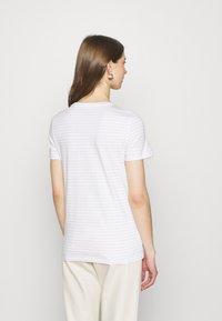 ONLY - ONLKITA LIFE BOX  - Print T-shirt - bright white/sunshine/pumice stone - 2