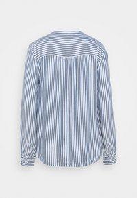 GAP - SHIRRED - Button-down blouse - blue - 1