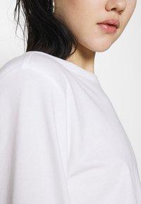 Weekday - KAI LONG SLEEVE - Long sleeved top - white - 5